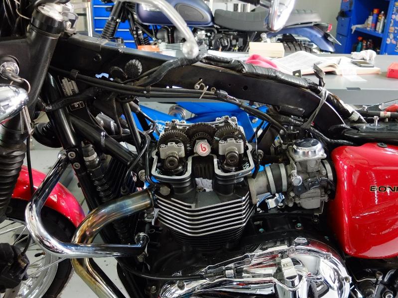 triumph bonneville valve clearance